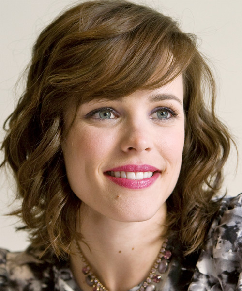 Rachel McAdams Medium Wavy Formal   Hairstyle with Side Swept Bangs  - Side View
