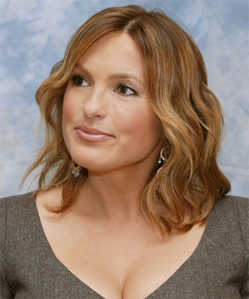 Mariska Hargitay Medium Wavy Casual    Hairstyle   - Light Honey Brunette Hair Color - Side View