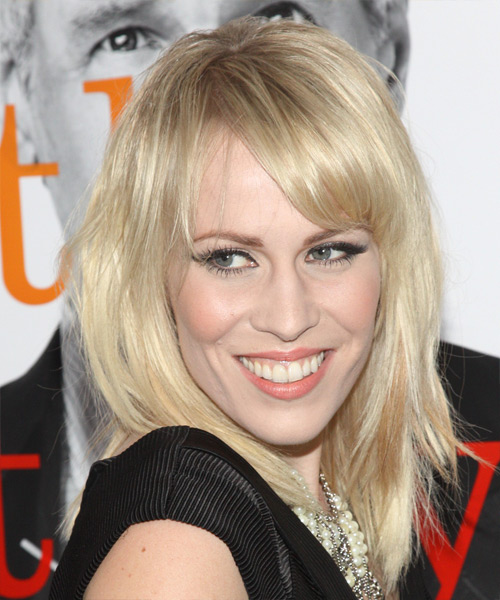 Natasha Bedingfield Medium Straight Casual   Hairstyle   - Side View