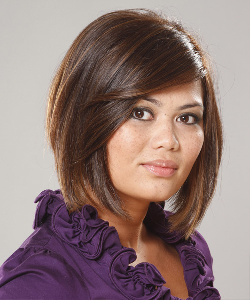 Short Straight Casual  Bob  Hairstyle with Side Swept Bangs  - Medium Brunette Hair Color - Side View