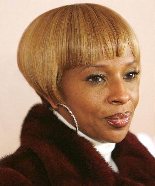 Mary J Blige Blonde Pixie Cut With Blunt Cut Bangs