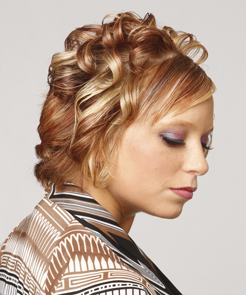 Short Curly Dark Caramel Blonde Hairstyle With Side Swept