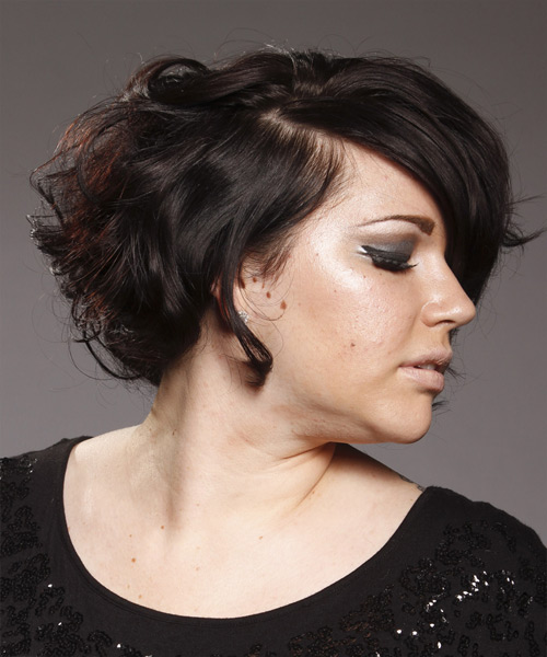 Short Wavy Casual   Hairstyle with Side Swept Bangs  (Mocha) - Side View