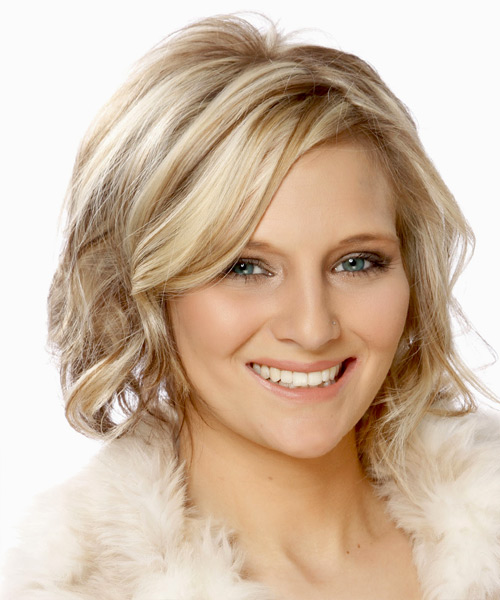 Medium Wavy   Light Champagne Blonde   Hairstyle with Side Swept Bangs  and  Brunette Highlights - Side View