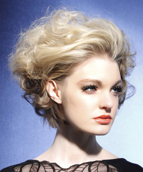 Short Wavy   Light Ash Blonde   Hairstyle   - Side View
