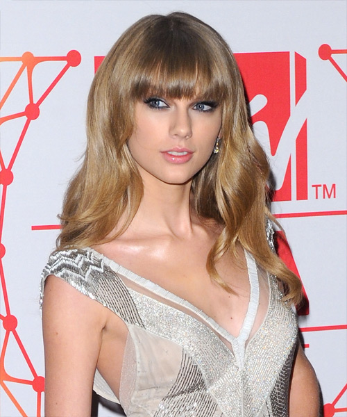 Taylor Swift Long Wavy Casual   Hairstyle with Blunt Cut Bangs  - Medium Blonde (Ash) - Side View