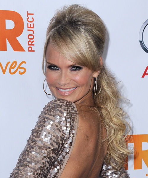 Kristin Chenoweth  Long Curly    Champagne Blonde  Half Up Hairstyle with Side Swept Bangs  and Light Blonde Highlights - Side View
