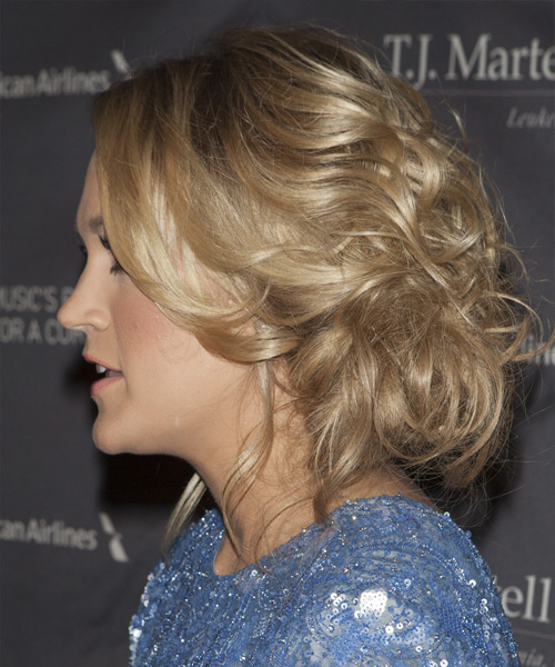 Carrie Underwood  Long Curly Formal   Updo Hairstyle   -  Blonde Hair Color with Light Blonde Highlights - Side View