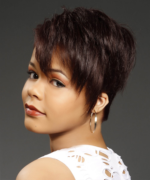 Short Hairstyles and Haircuts for Women in 2018