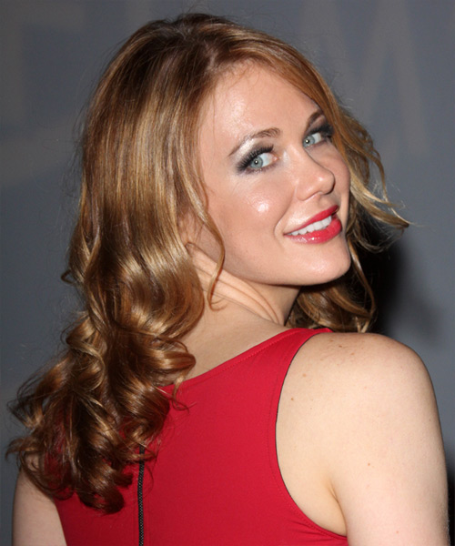 Maitland Ward Long Wavy   Light Copper Brunette   Hairstyle   with Dark Blonde Highlights - Side View