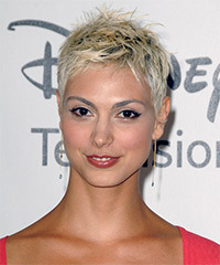 Morena Baccarin Short Straight Casual    Hairstyle
