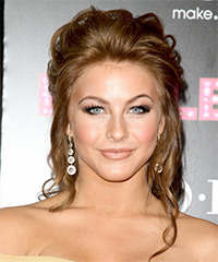 Julianne Hough  Long Curly    Brunette  Updo