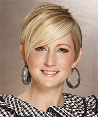 Short Straight Formal    Hairstyle   -  Champagne Blonde Hair Color with Light Blonde Highlights