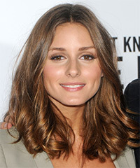 Olivia Palermo Medium Wavy Casual    Hairstyle   - Light Brunette Hair Color