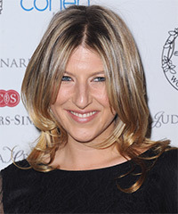 Tara Summers Medium Straight Casual    Hairstyle   - Dark Golden Blonde Hair Color with Light Blonde Highlights