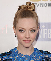 Amanda Seyfried  Long Straight Formal   Updo Hairstyle