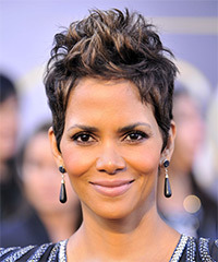 Halle Berry Short Straight Alternative    Hairstyle   - Dark Brunette Hair Color with Dark Blonde Highlights