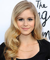 Erin Moriarty Long Wavy    Strawberry Blonde   Hairstyle   with Light Blonde Highlights