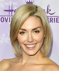 Taylor Cole Medium Straight Casual  Bob  Hairstyle   -  Blonde Hair Color