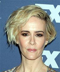 Sarah Paulson Short Wavy Casual  Bob  Hairstyle with Side Swept Bangs  - Light Golden Blonde Hair Color