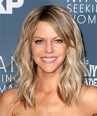 Kaitlin Olson Long Wavy Casual    Hairstyle with Side Swept Bangs  - Light Ash Blonde Hair Color
