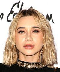 Olesya Rulin Medium Straight Casual  Bob  Hairstyle   -  Blonde Hair Color