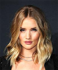 Rosie Huntington-Whiteley Medium Wavy Casual  Bob  Hairstyle with Layered Bangs  - Dark Brunette Hair Color with Light Blonde Highlights