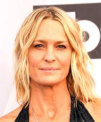 Robin Wright Medium Wavy Casual  Bob  Hairstyle with Layered Bangs  -  Blonde Hair Color