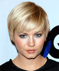 Elisha Cuthbert Short Straight Casual  Pixie  Hairstyle