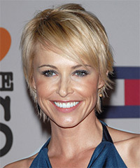 Josie Bissett Short Straight Casual    Hairstyle